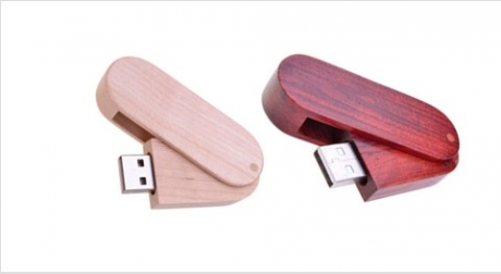 Wooden Swivel USB Drive